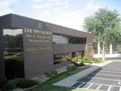 ear_specialists_omaha_office